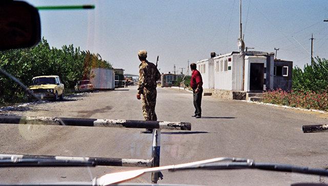 Таджикско-Узбекская граница. Архивное фото