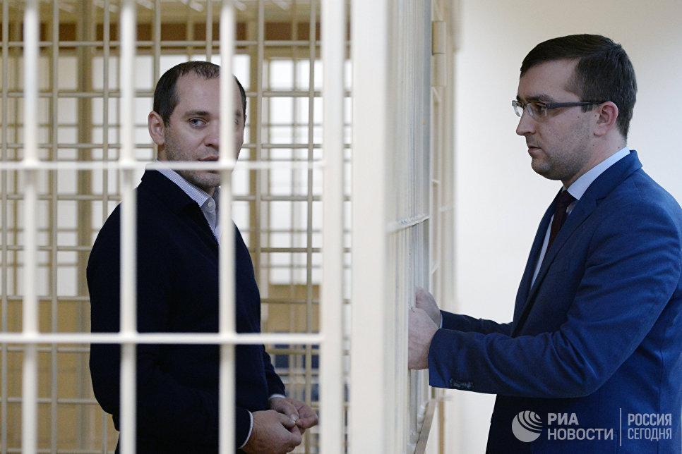 Владелец фирмы Стройсоюз СВ Максим Корнеев в Смольнинском районном суде Санкт-Петербурга. 22 февраля 2018