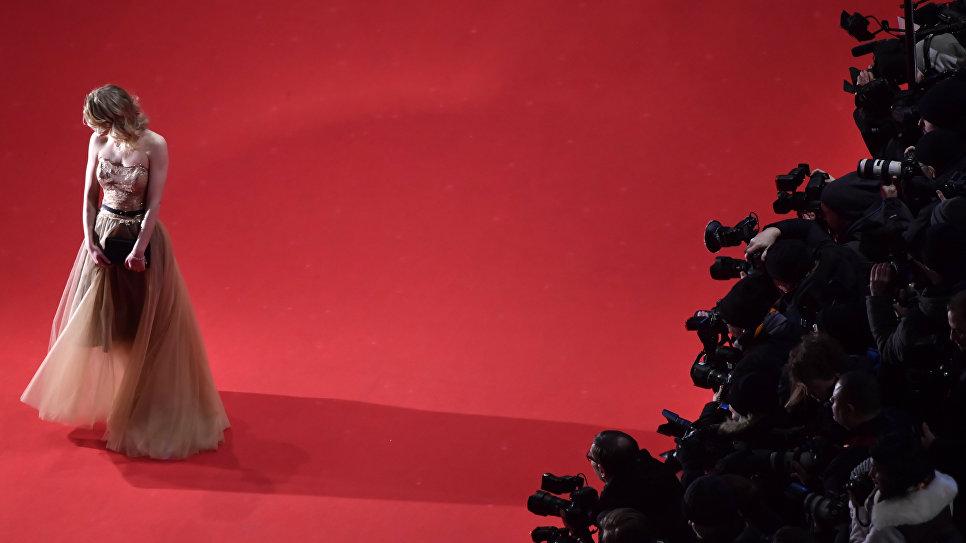 Актриса Джулия Занге на церемонии закрытия 68-го Берлинского международного кинофестиваля Берлинале - 2018