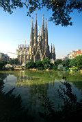Храм Саграда Фамилия (Святого Семейства) в Барселоне