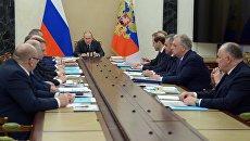 Владимир Путин проводит заседание Комиссии по вопросам военно-технического сотрудничества России с иностранными государствами. 5 марта 2018