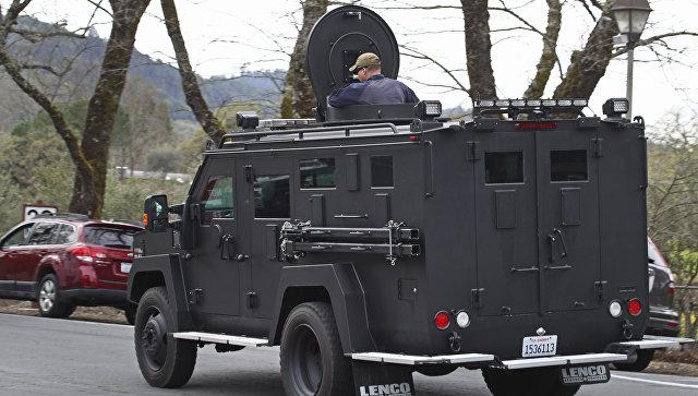 Заложники в доме ветеранов в Калифорнии погибли вместе с нападавшим