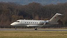 Турецкий частный самолет Bombardier CL604 TC-TRB. Архивное фото