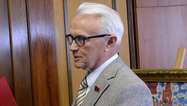 Скончался последний 1-ый секретарь Куйбышевского обкома КПСС Валентин Романов