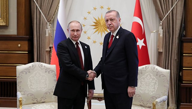 Президент РФ Владимир Путин и президент Турции Реджеп Тайип Эрдоган во время встречи. Архивное фото