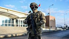 Сотрудник спецслужб Турции. Архивное фото
