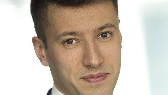 Александр Плутник