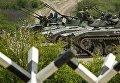 Военнослужащие у БМП 2 и БМД 2 на армейском конкурсе Десантный взвод в Краснодарском крае
