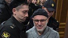 Бывший директор Гоголь-центра Алексей Малобродский, обвиняемый по делу о хищениях в Седьмой студии, в Басманном суде Москвы. 18 апреля 2018