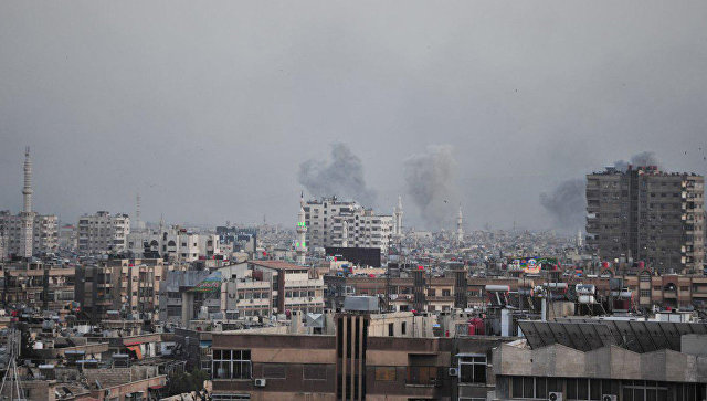 ВВС Сирии наносят удары по позициям боевиков террористических организаций к югу от Дамаска. Архивное фото