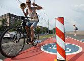 Велодорожки на Фрунзенской набережной в Москве