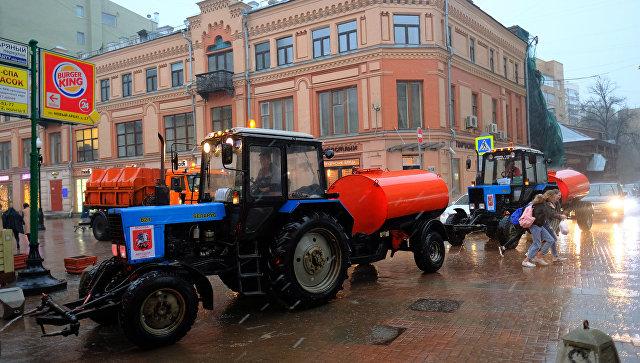 Во время сильного дождя в Москве