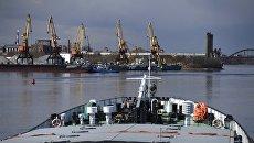 Рыбинский грузовой порт в Ярославской области. Архивное фото