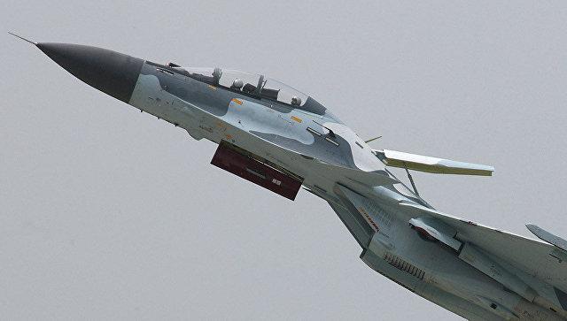 Истребитель Су-30, архивное фото