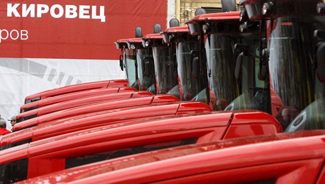 Медведев подчеркнул значение машиностроения для экономики России