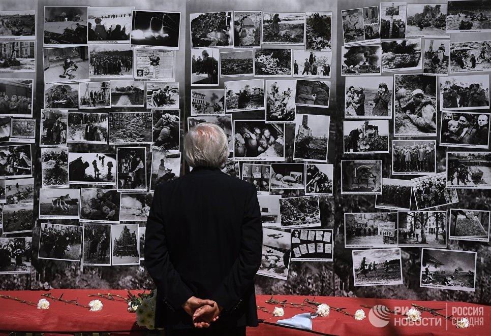 Участник акции Бессмертный полк в Лиссабоне. 6 мая 2018 года