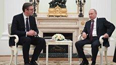 Президент РФ Владимир Путин и президент республики Сербии Александр Вучич во время встречи. 8 мая 2018