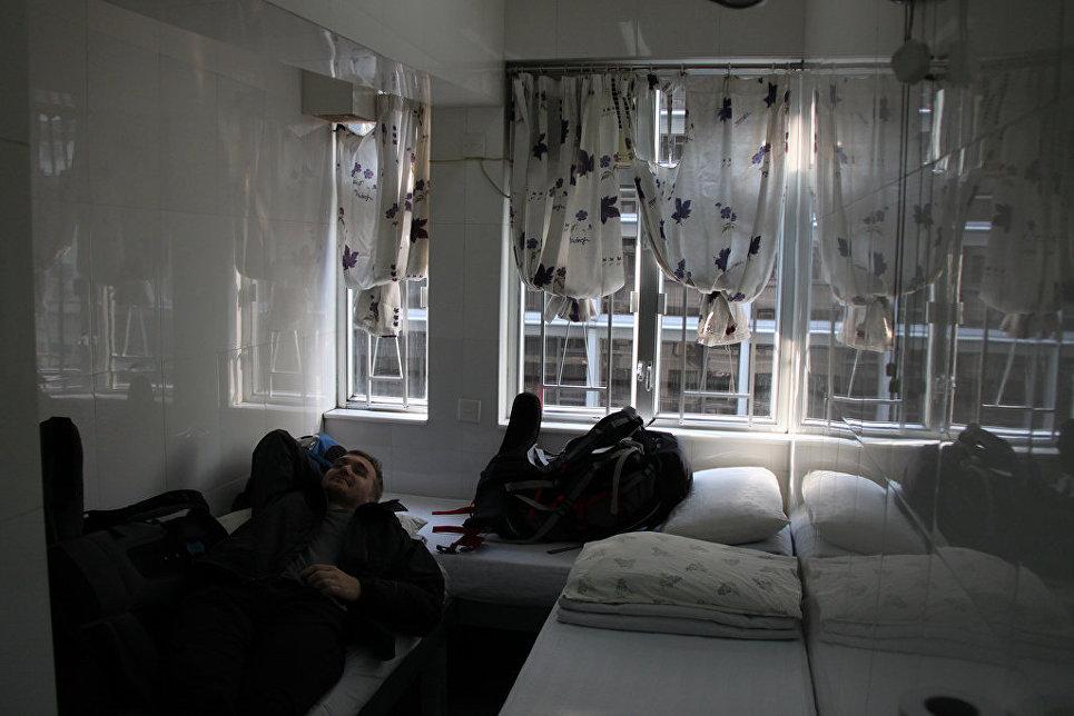 Микроскопическая квартира в новостройке Гонконга