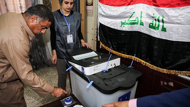 Голосование на избирательном участке в Багдаде. 12 мая 2018