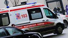 Автомобиль скорой помощи на улице в Москве. Архивное фото