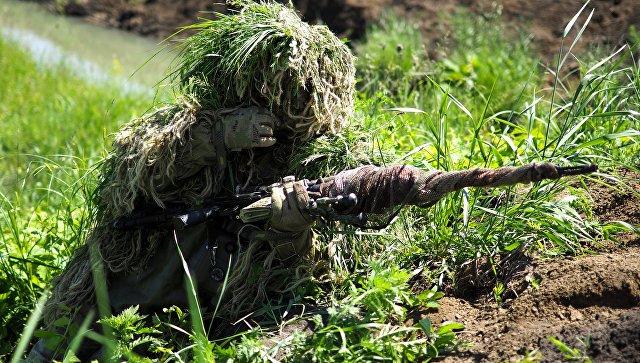 Снайперы во время проведения учений. Архивное фото