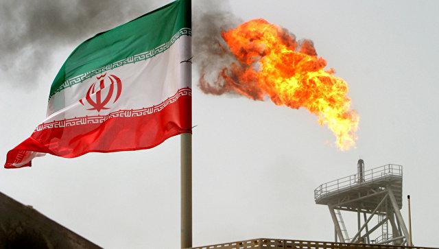 Иранский флаг в Персидском заливе
