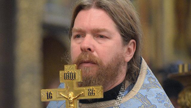 Епископ Тихон Шевкунов на патриаршем служении в день празднования Казанской иконы Божией Матери