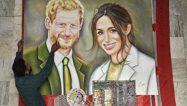 Индийский художник изобразил Британского принца Гарри и его невесту Меган Маркл на картине, которую планирует отправить как свадебный подарок на их свадьбу. 18 мая 2018