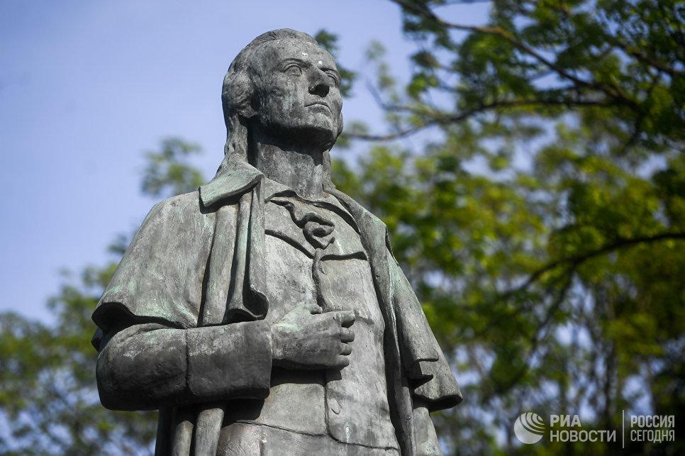 Памятник Шиллеру в Калининграде