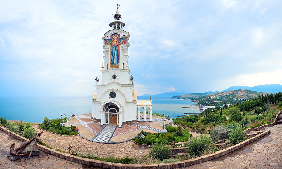 Храм-маяк Николая Чудотворца под Алуштой
