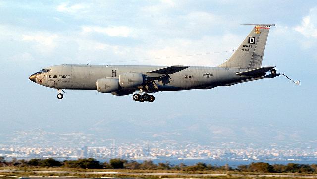 Самолет-заправщик КС-135 Stratotanker