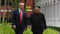 Президент США Дональд Трамп и лидер КНДР Ким Чен Ын. Архивное фото