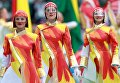 Артисты выступают на церемонии открытия чемпионата мира по футболу 2018 на стадионе Лужники