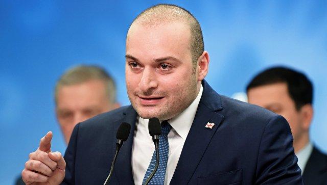 ИО министра финансов Грузии Мамука Бахтадзе, выдвинутый парламентским большинством кандидатом на пост премьер-министра Грузии, на пресс-конференции в Тбилиси. 15 июня 2018
