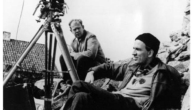 Шведский кинооператор и режиссёр Свен Нюквист и шведский режиссер Ингмар Бергман. Архивное фото