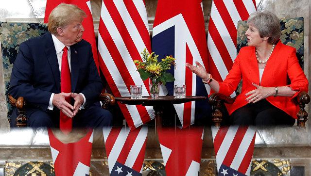 Президент США Дональд Трамп и премьер-министр Великобритании Тереза Мэй во время встречи