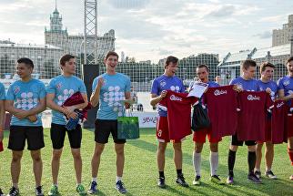 В гостях у Катара: в Парке Горького прошли товарищеские матчи волонтеров