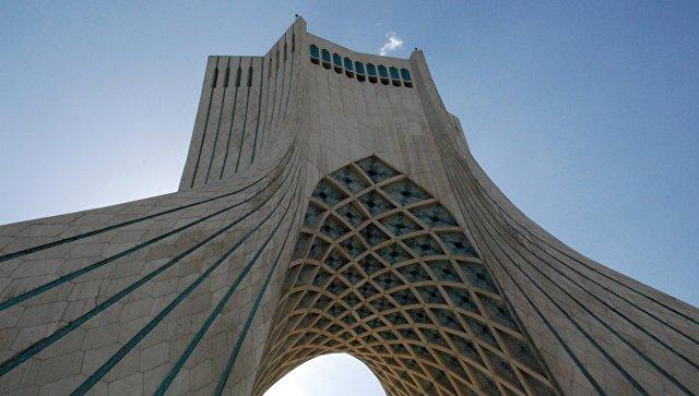В иранском ЦБ заявили, что предусмотрели альтернативы SWIFT, сообщили СМИ
