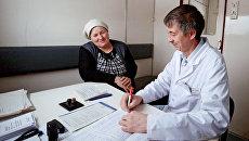 Женщина на приеме у врача. Архивное фото