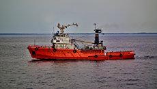 Научно-исследовательское судно Тюлень-10 село на мель в северной части Каспийского моря. 9 августа 2018