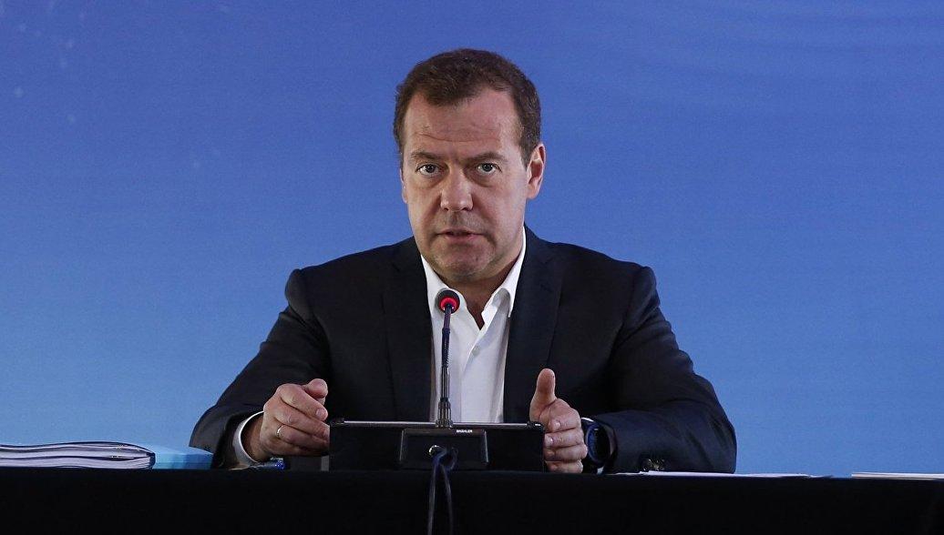 Усиление санкций означает объявление торговой войны, заявил Медведев