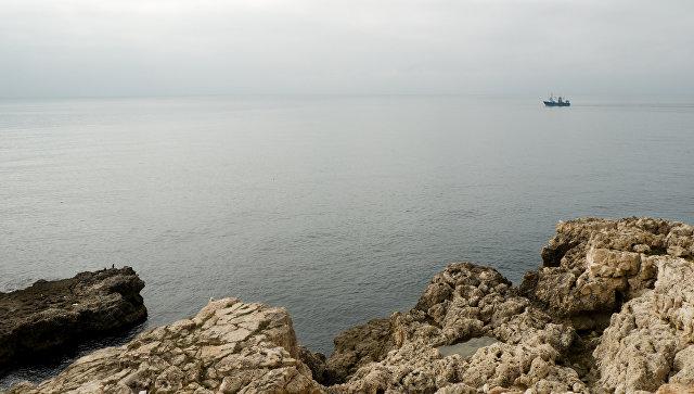 Море возле берегов Херсона