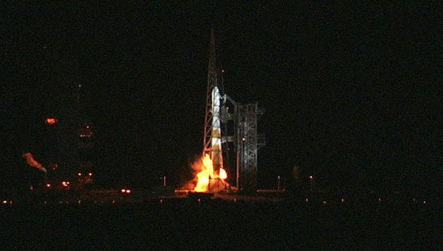 Ракета-носитель Delta IV Heavy стартовала во Флориде с зондом Parker Solar Probe. 12 августа 2018