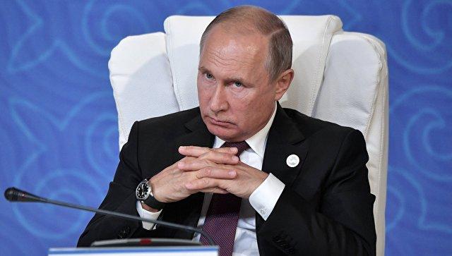Владимир Путин во время заявления по итогам саммита глав государств-участников V Каспийского саммита в Актау. 12 августа 2018