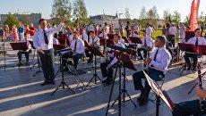 Выступление Центрального военного оркестра МО РФ в парке Зарядье