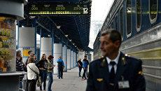 Поезд Киев-Москва на вокзале в Киеве. Архивное фото