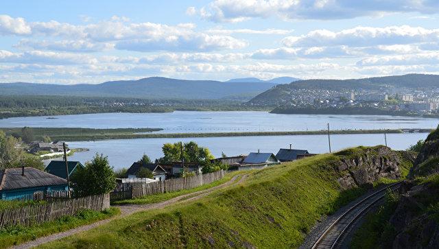 Панорама города Катав-Ивановска в Челябинской области