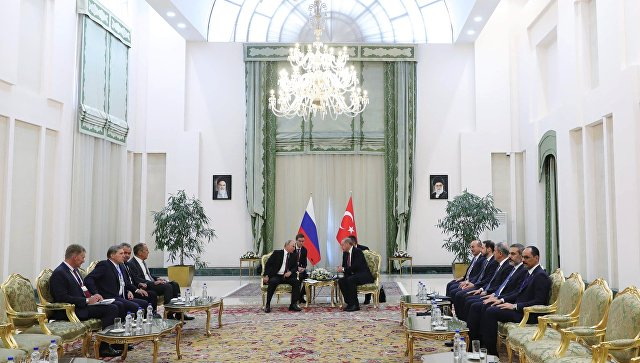 Президент РФ Владимир Путин и президент Турции Реджеп Тайип Эрдоган во время встречи в Тегеране. 7 сентября 2018