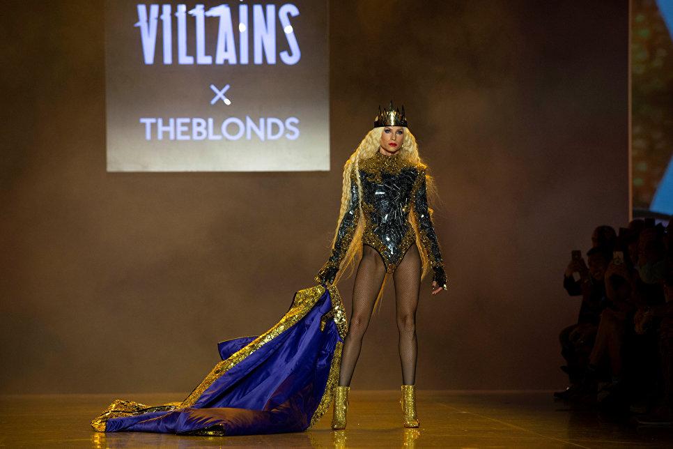 Показ коллекции Phillipe Blond в рамках Недели моды в Нью-Йорке