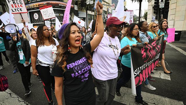 Участницы марша #MeToo в Голливуде. Архивное фото